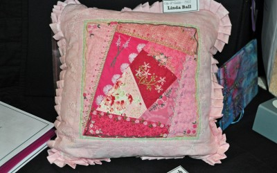 30. Linda Ball cushion design using crazy patchwork